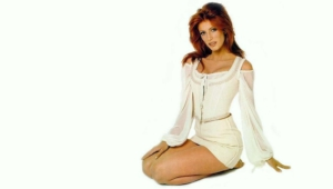 Angie Everhart Widescreen