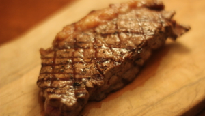 Beef Steak Deskto