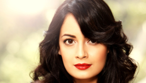 Dia Mirza Background