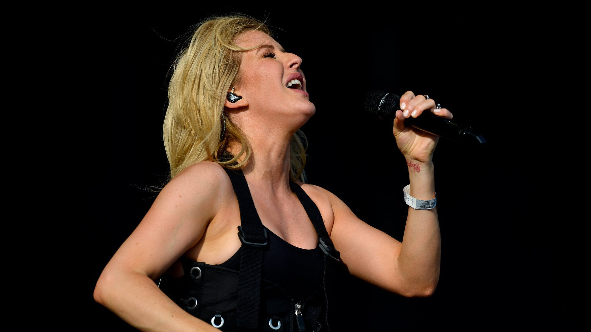 Ellie Goulding Sexy Wallpapers