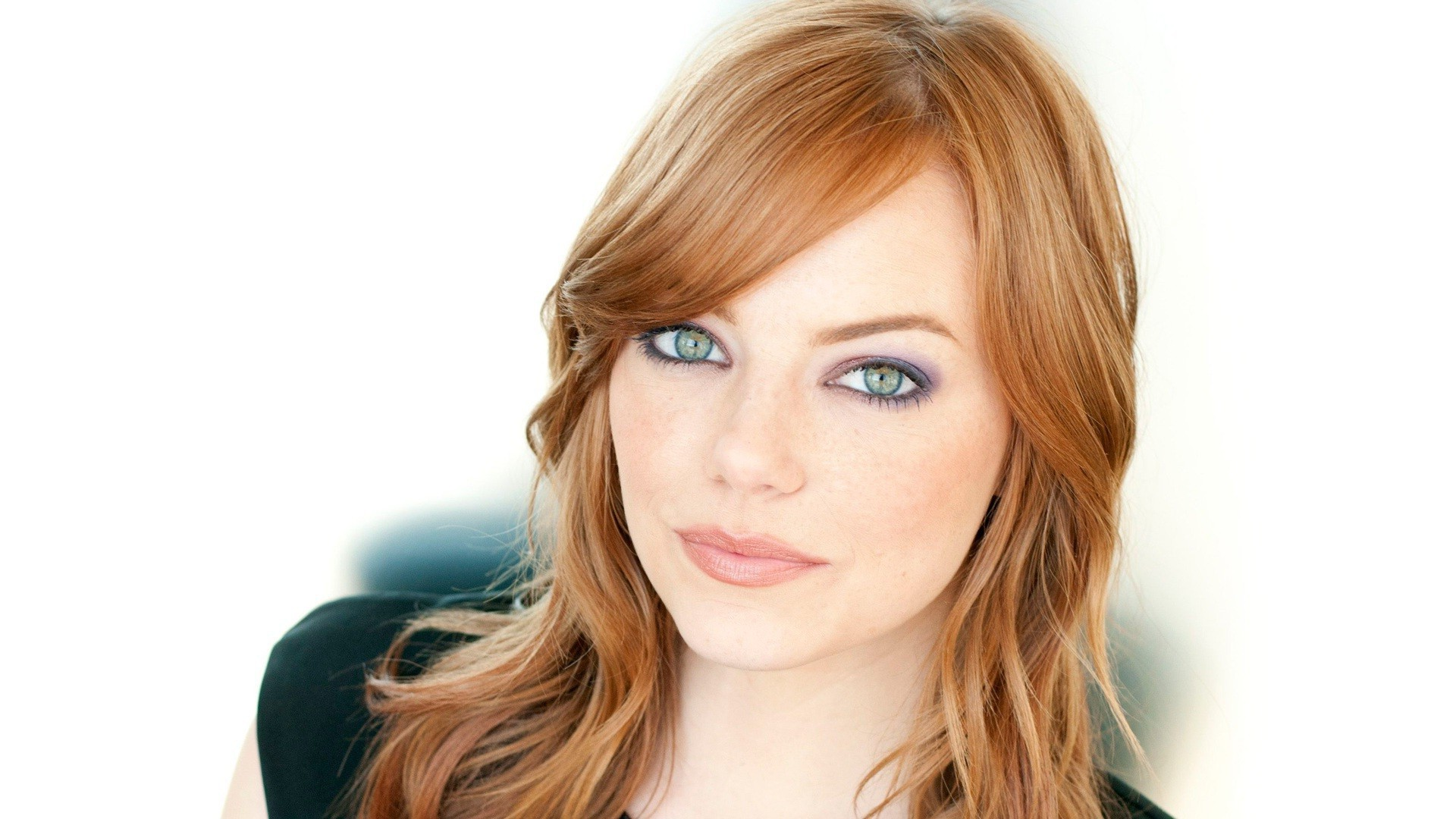 Emma Stone Wallpapers Images Photos Pictures Backgrounds