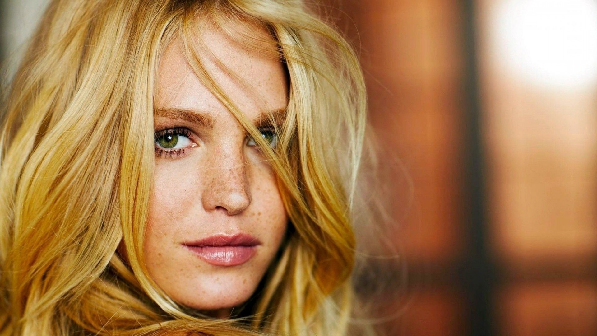Erin Heatherton Wallpapers Images Photos Pictures Backgrounds