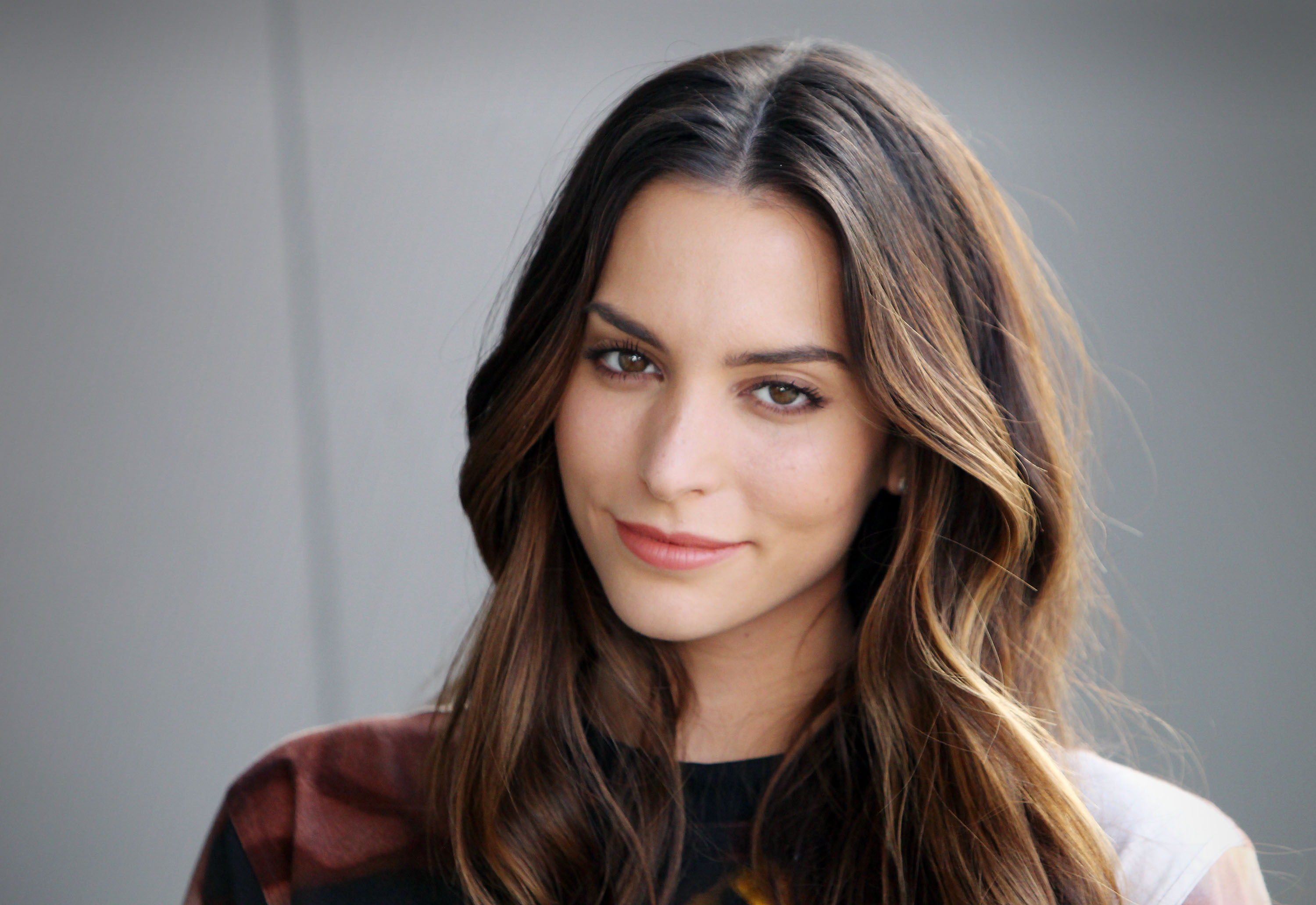 Genesis Rodriguez Wallpapers Images Photos Pictures