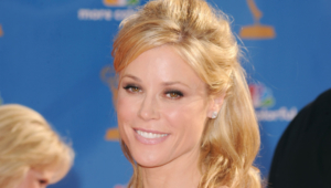 Julie Bowen High Definition Wallpapers
