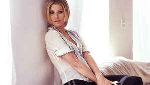 Julie Bowen Widescreen