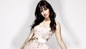 Neha Sharma Wallpapers