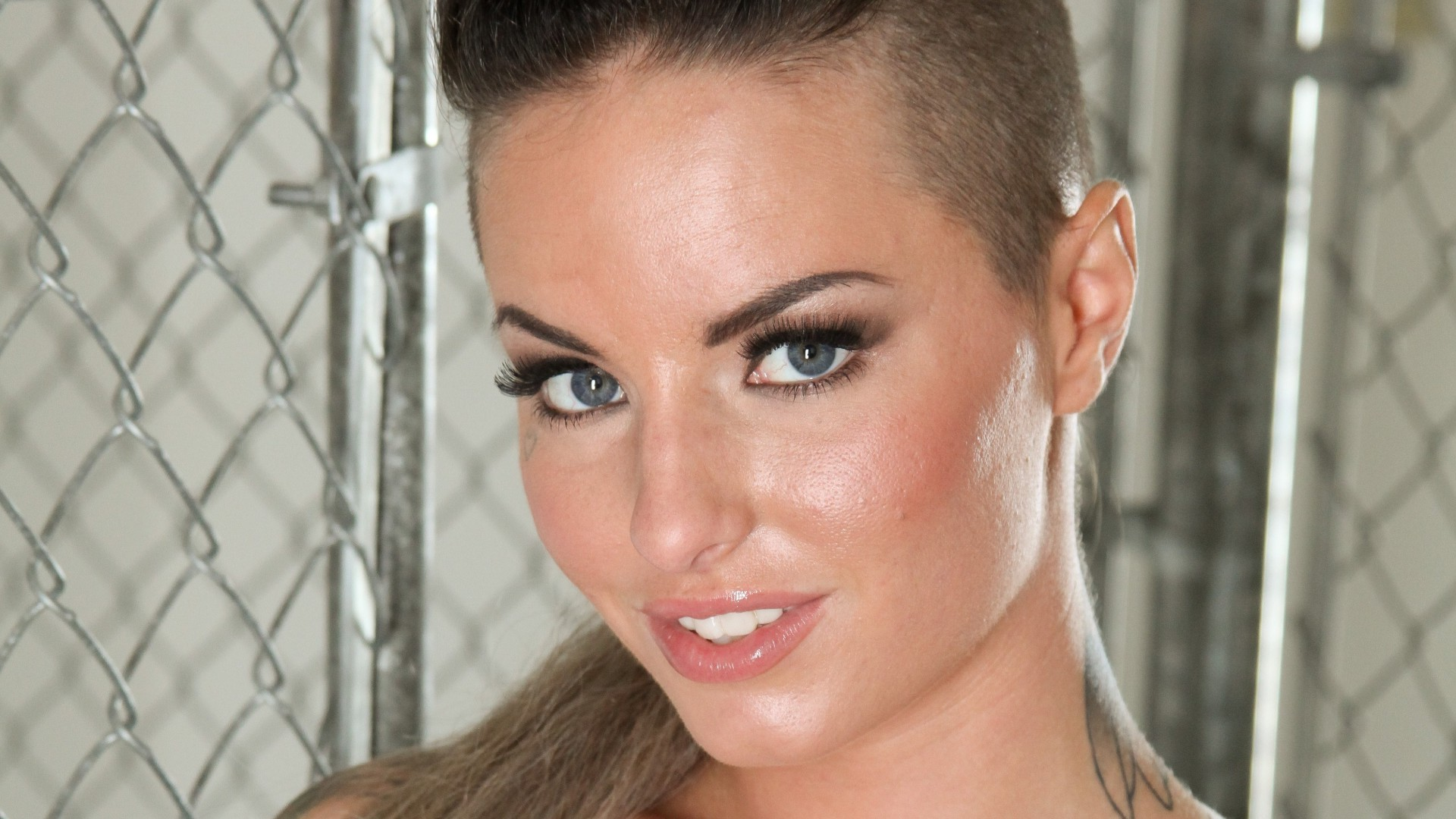 christy mack free