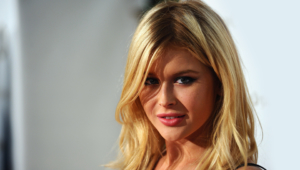 Renee Olstead Full HD