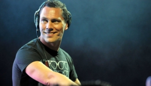 Tiesto Hd Background
