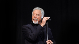 Tom Jones Full Hd