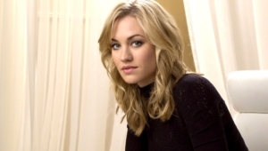Yvonne Strahovski HD Background