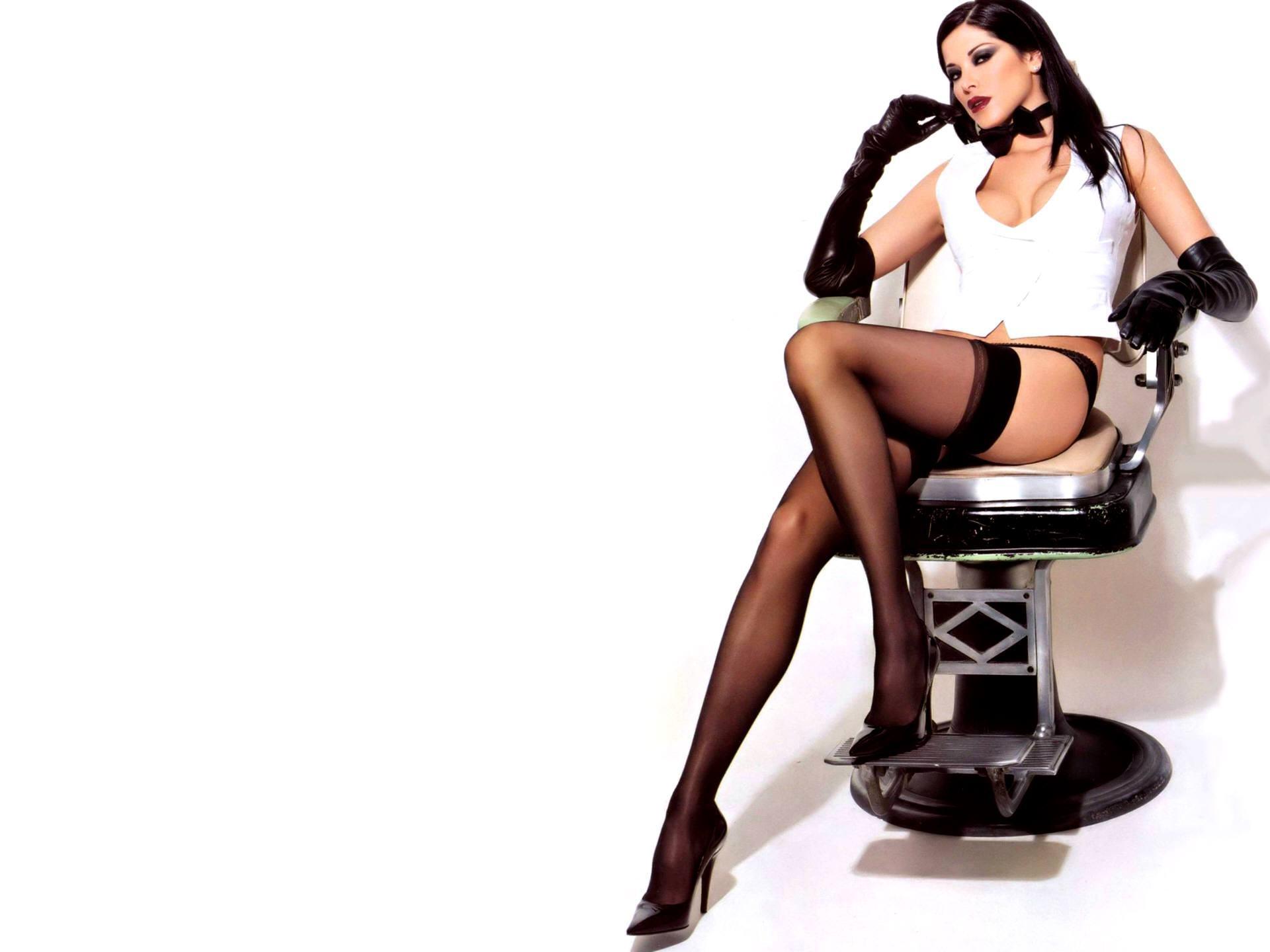 Секс на стуле домашнее