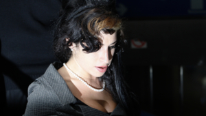 Amy Winehouse Wallpaper Pack
