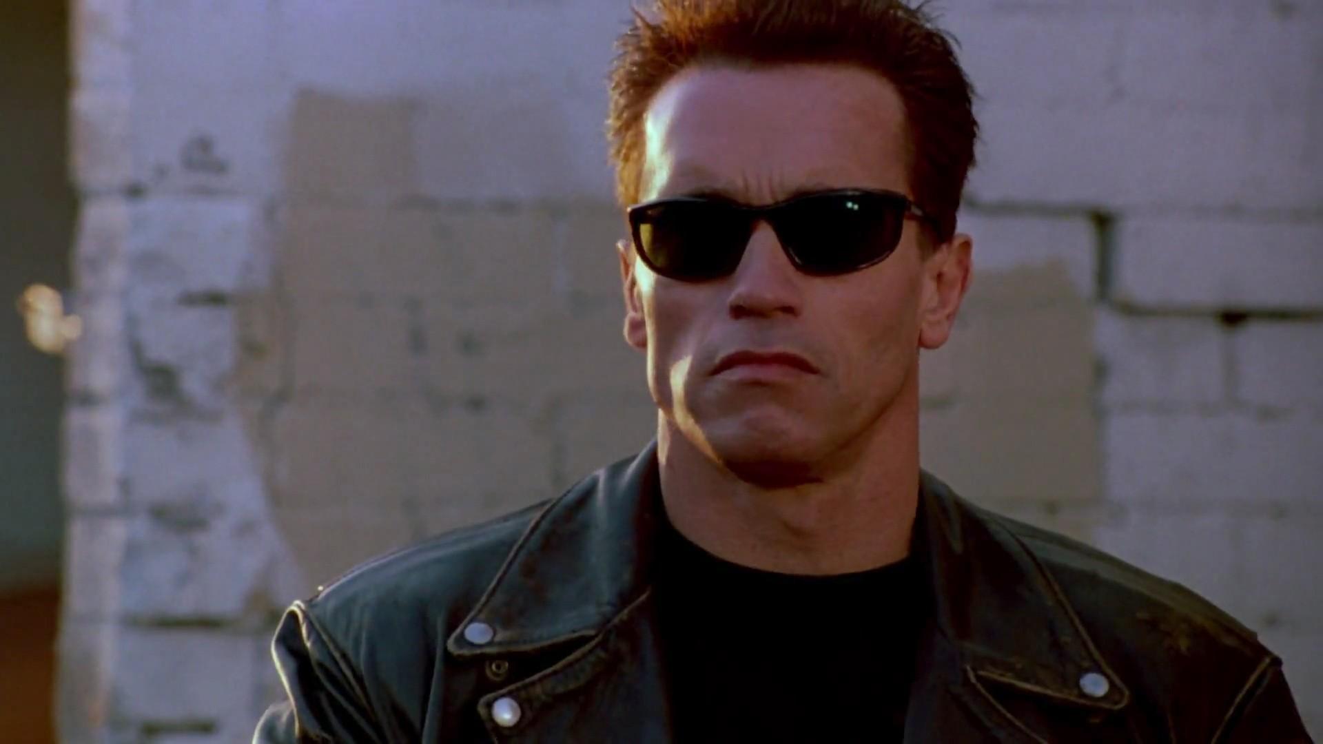 Arnold Schwarzenegger Sexy Photos