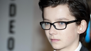 Asa Butterfield Computer Backgrounds