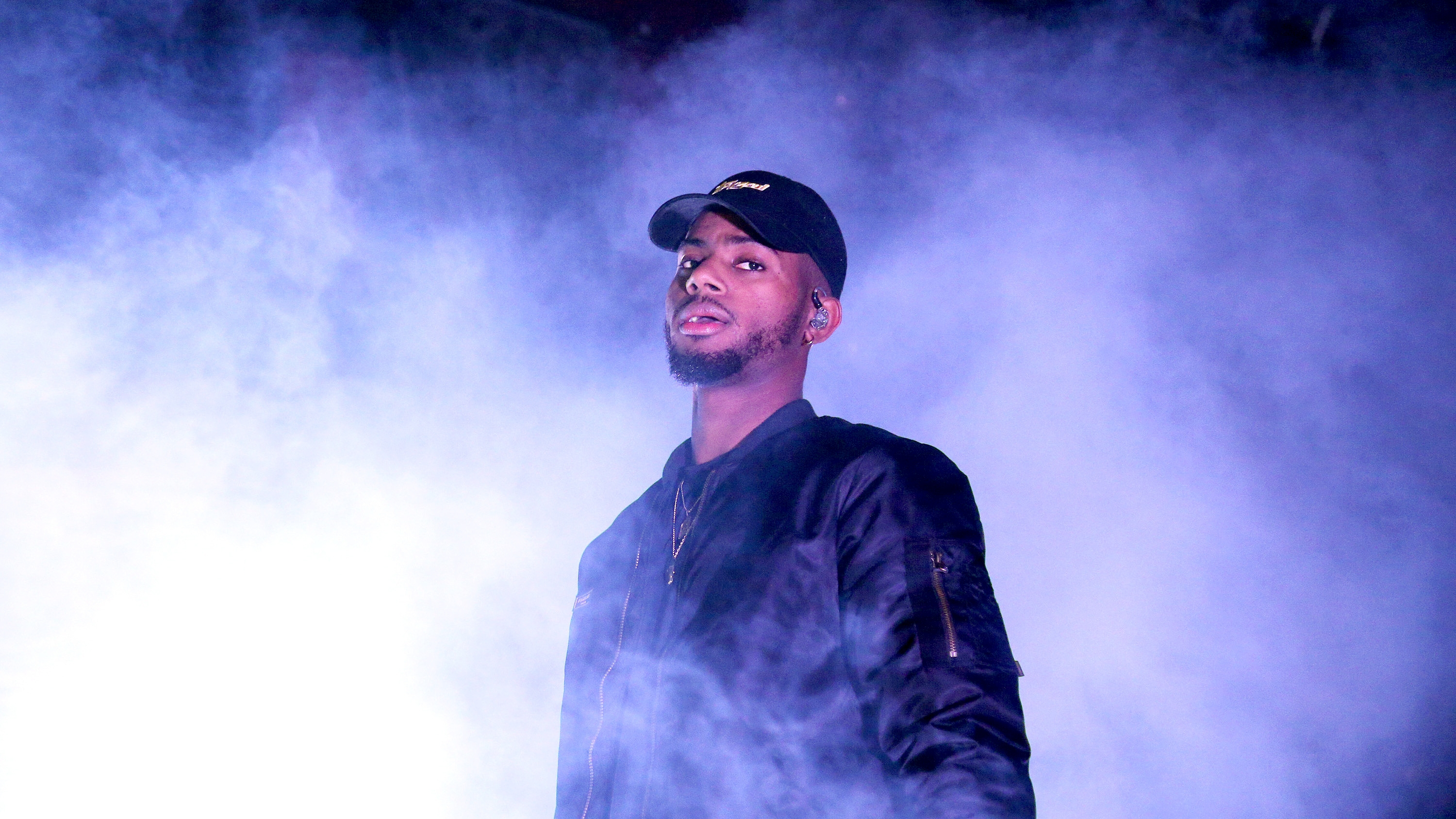 Bryson Tiller Wallpapers Images Photos Pictures Backgrounds