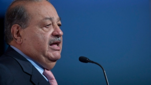 Carlos Slim Widescreen