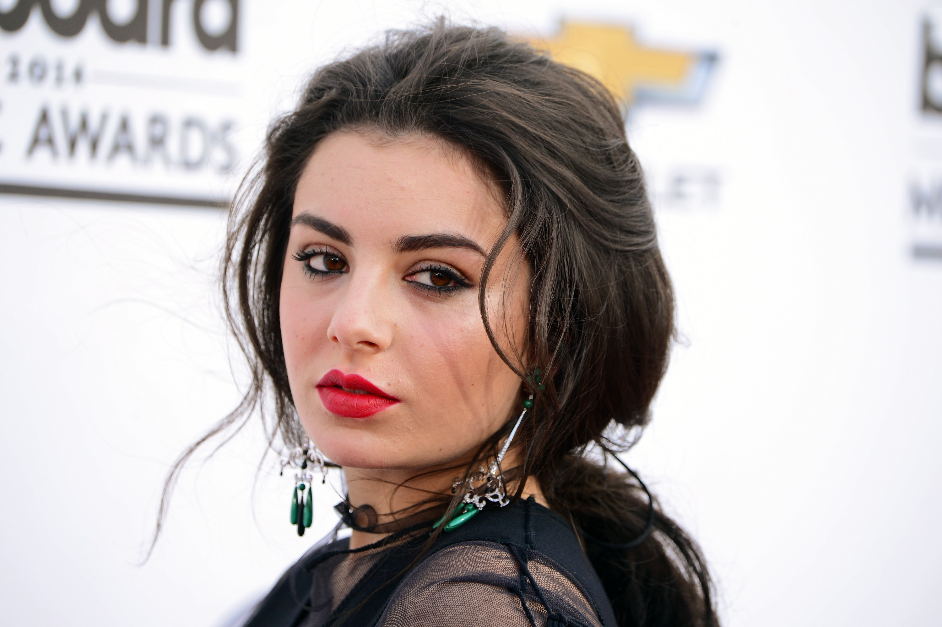 Moore Quality Cars >> Charli Xcx Wallpapers Images Photos Pictures Backgrounds