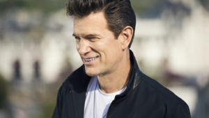 Chris Isaak 4k