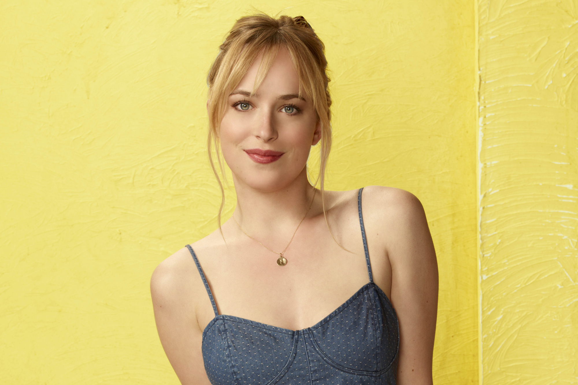 dakota johnson wallpapers images photos pictures backgrounds