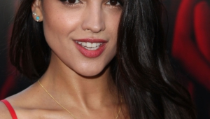 Eiza Gonzalez Iphone Sexy Wallpapers