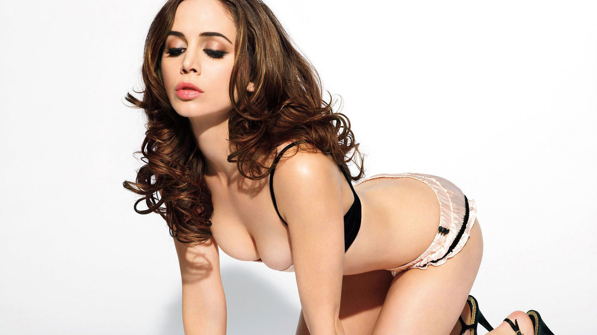 Eliza Dushku Wallpapers Images Photos Pictures Backgrounds