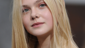 Elle Fanning Hd Iphone