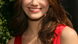 Emmy Rossum Hd Iphone