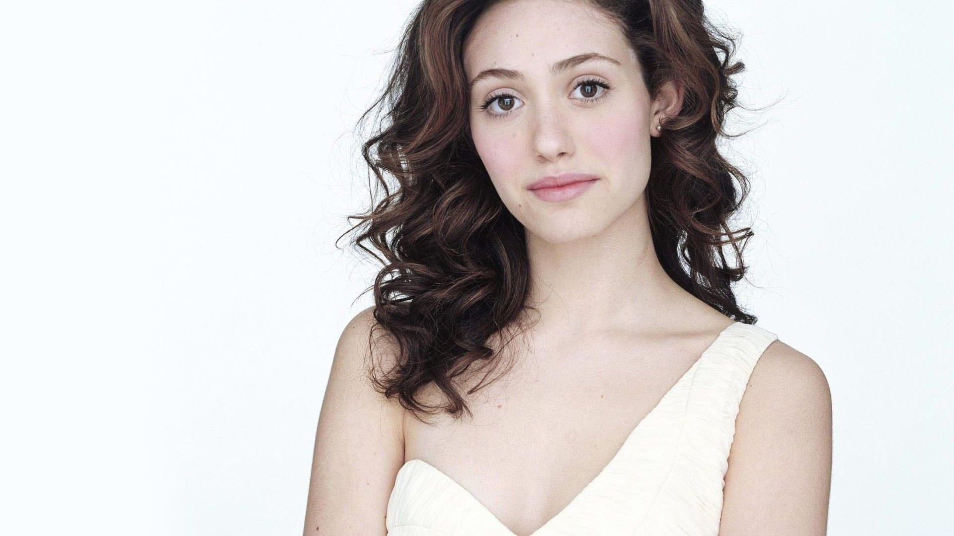 Emmy Rossum Wallpapers Images Photos Pictures Backgrounds Emmy Rossum Wallpaper