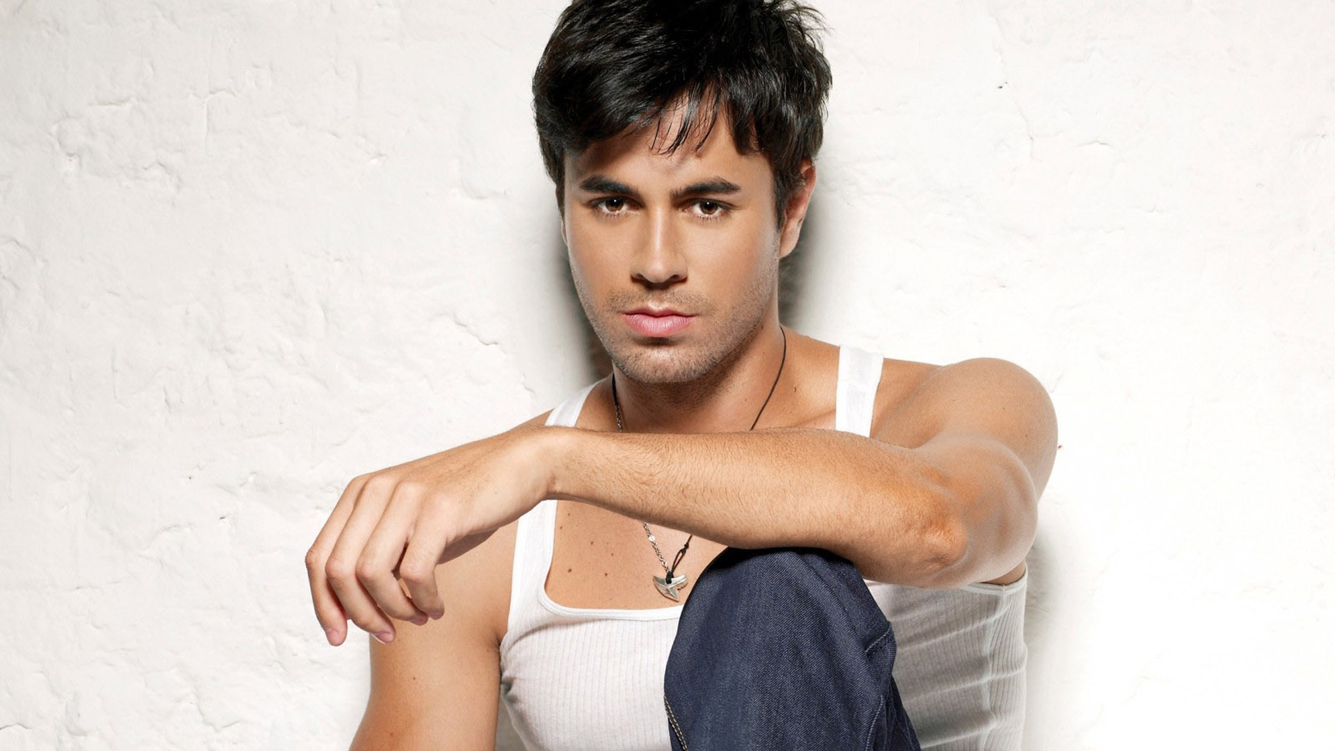 Enrique Iglesias Widescreen