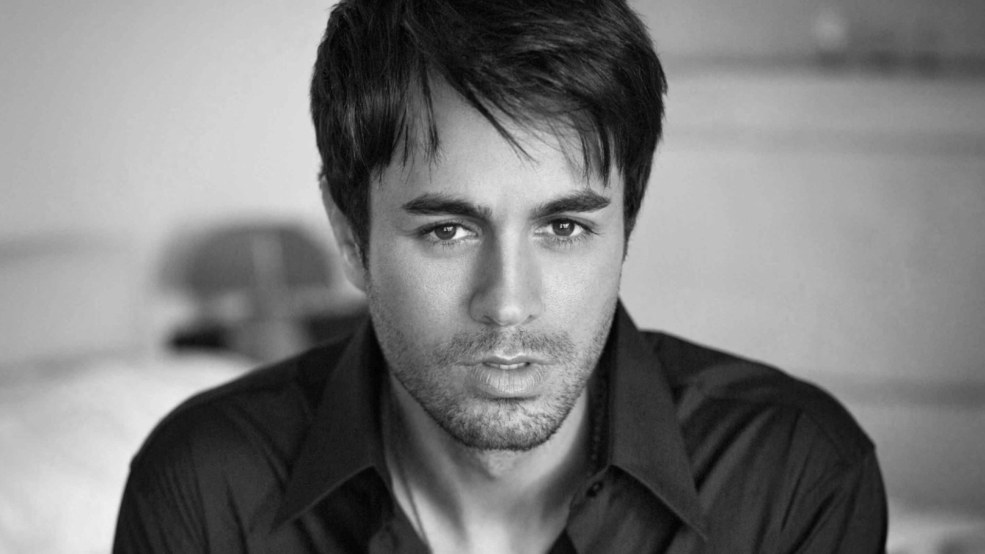 Enrique Iglesias For Desktop