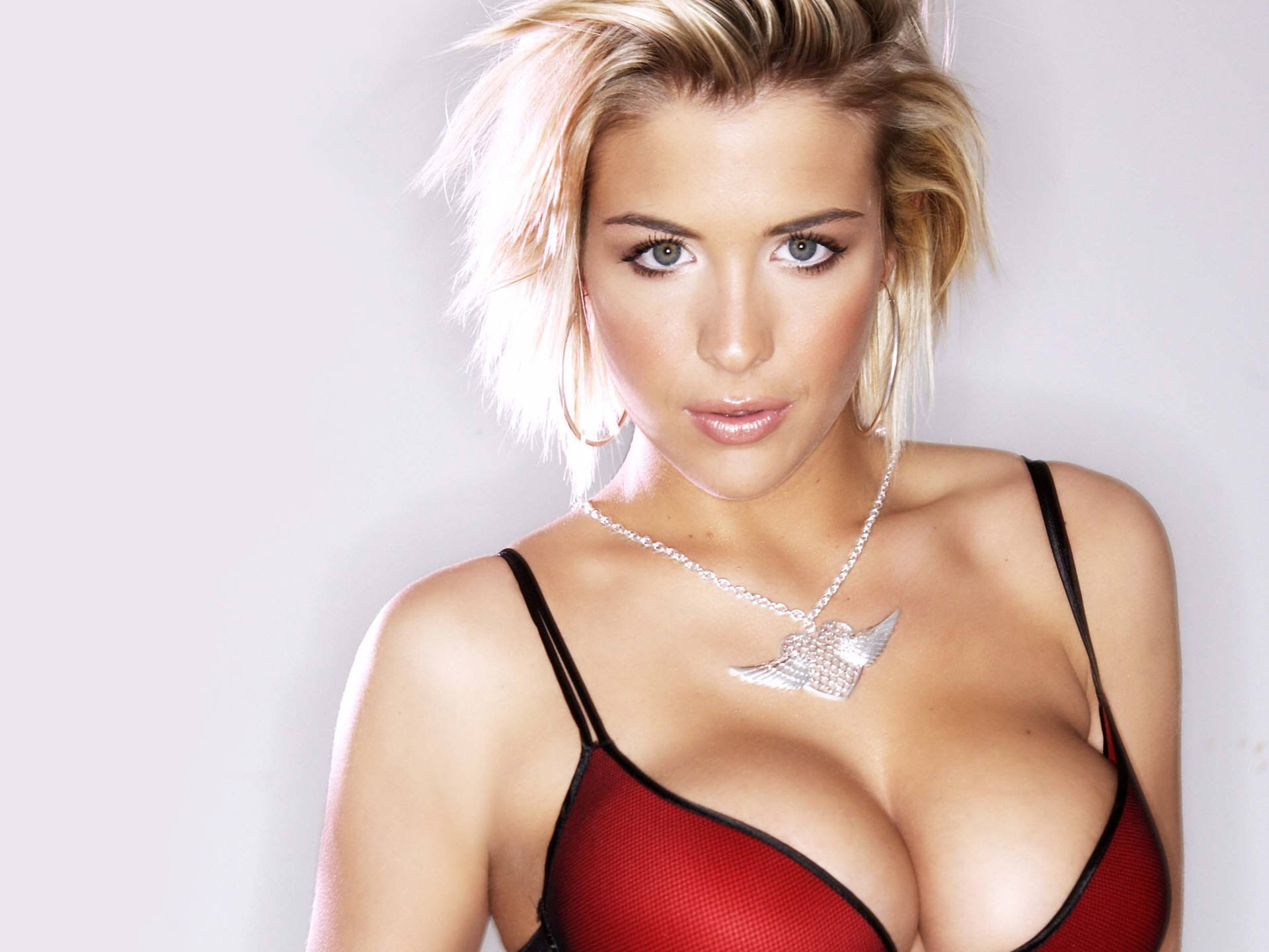 Gemma atkinson topless pics, wife likes her pussy licked