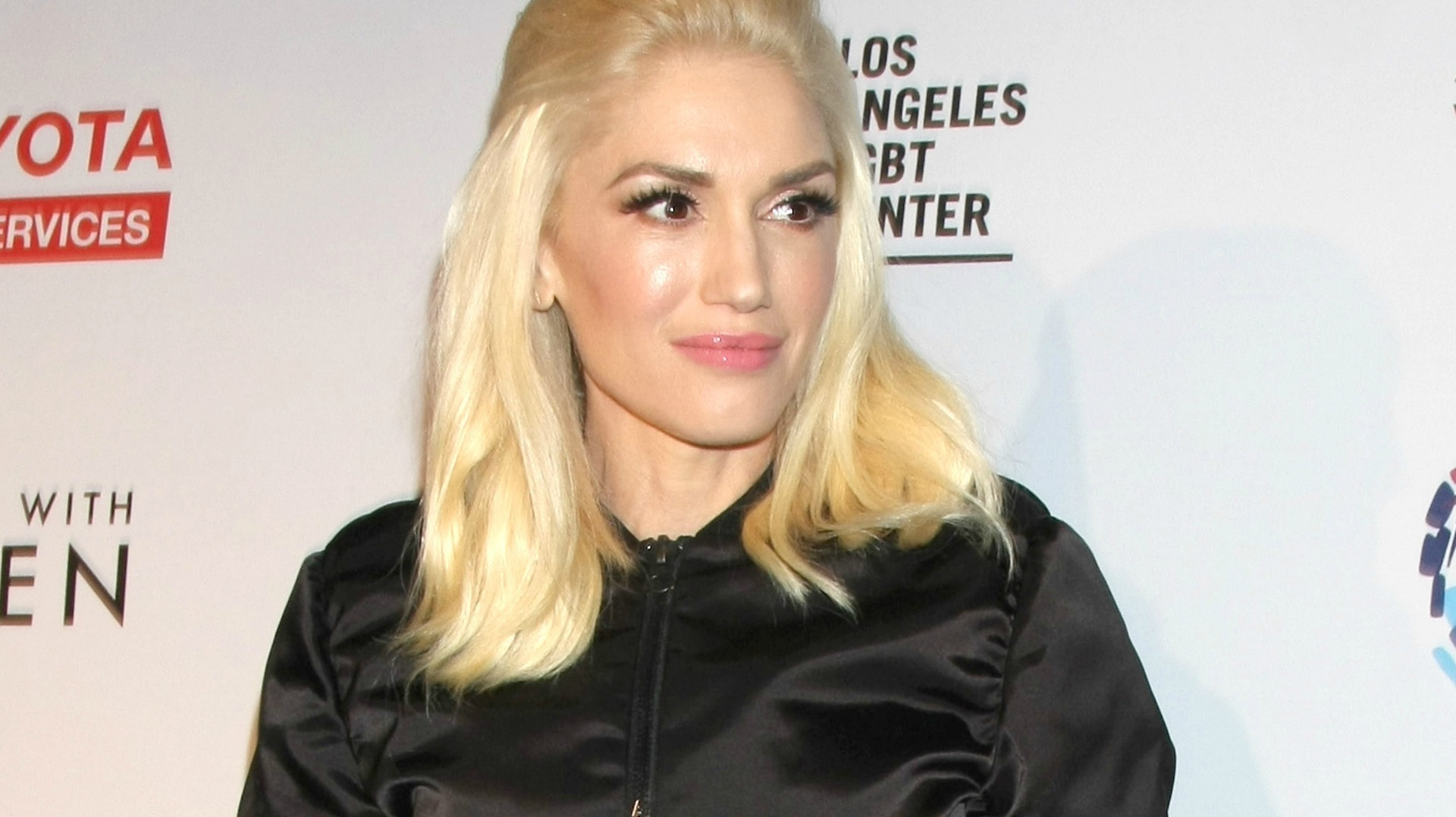 Gwen Stefani Wallpapers Images Photos Pictures Backgrounds