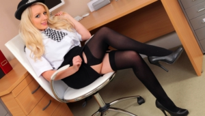 Hannah Claydon Pictures