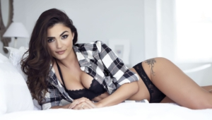 India Reynolds Wallpapers