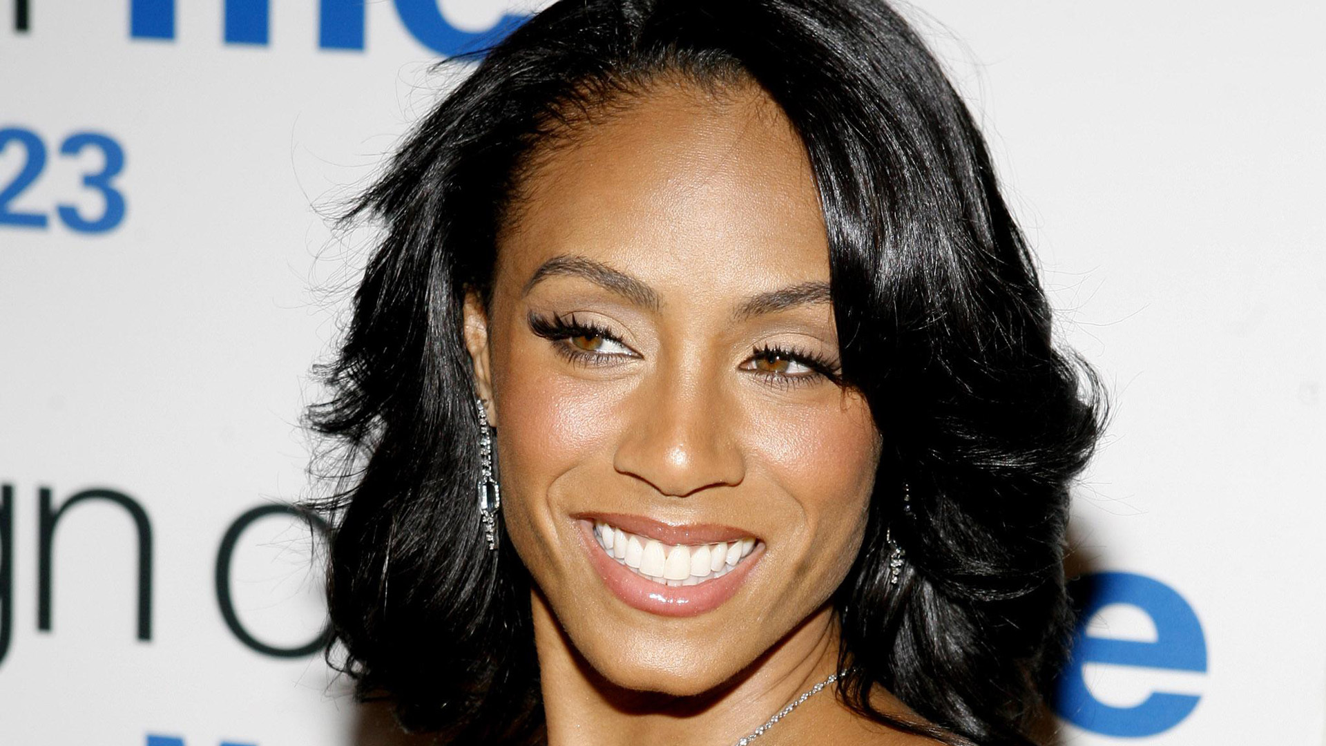 Jada Pinkett Smith Wallpapers Images Photos Pictures ...