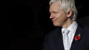 Julian Assange Widescreen