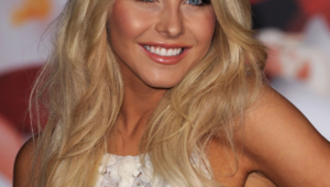 Julianne Hough Android Wallpapers