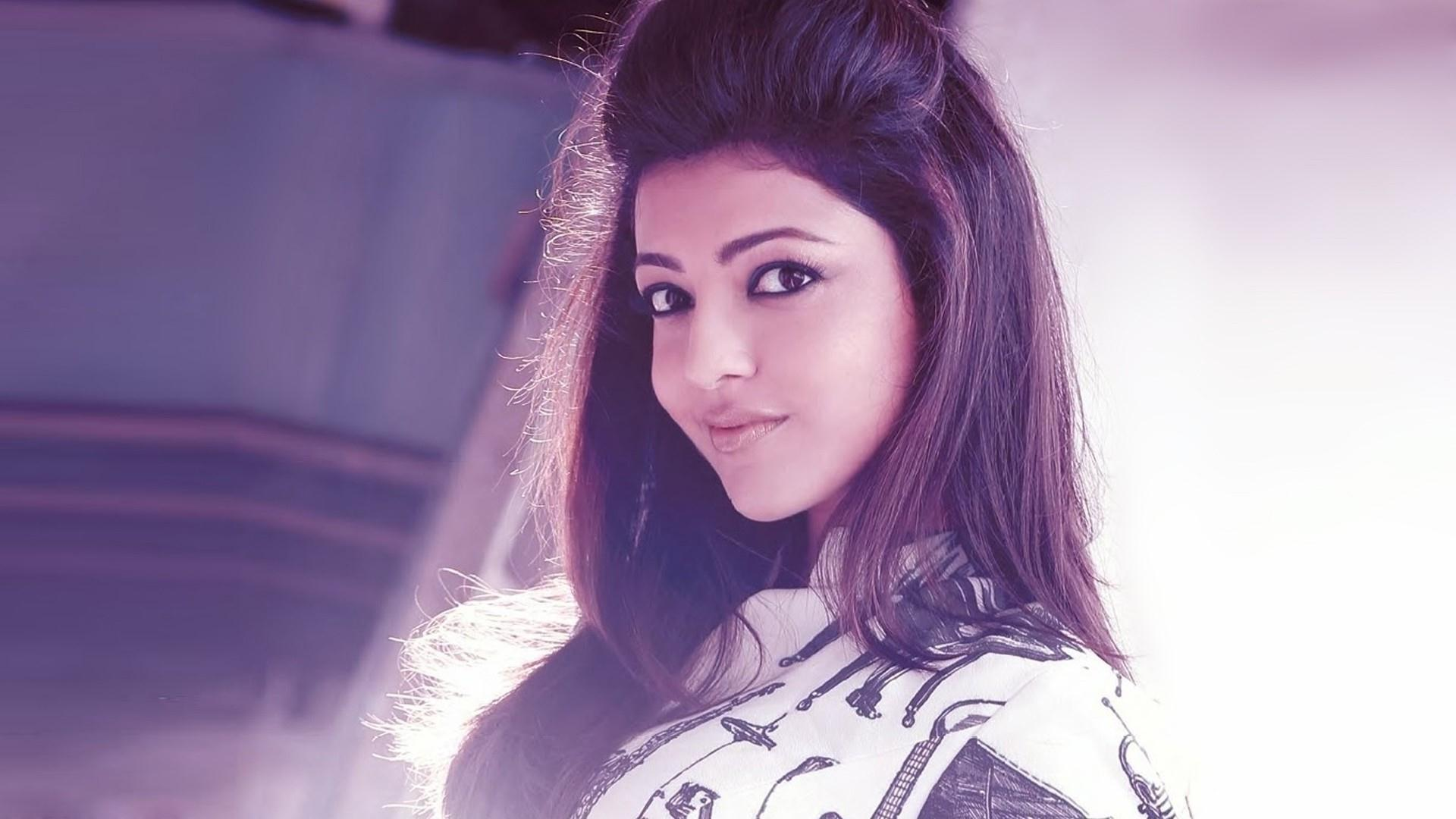 Kajal Agarwal Wallpaper