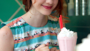 Laura Spencer Iphone Wallpapers