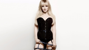 Melissa Rauch High Quality Wallpapers