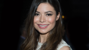 Miranda Cosgrove Computer Backgrounds