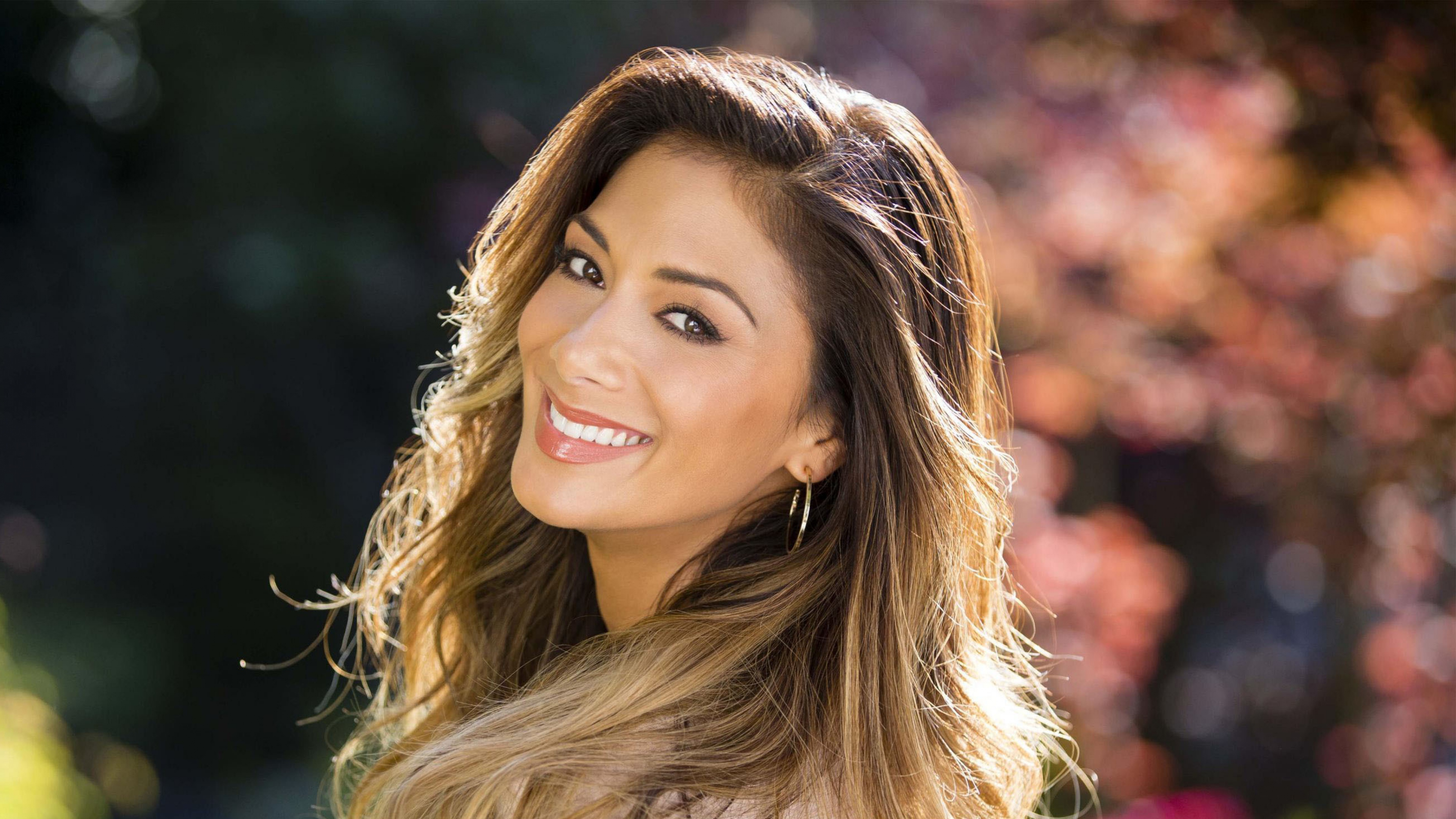 Nicole Scherzinger Wallpapers Images Photos Pictures - Ariana Grande Hairstyle