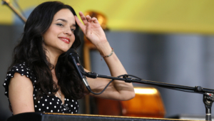 Norah Jones Wallpapers Hd