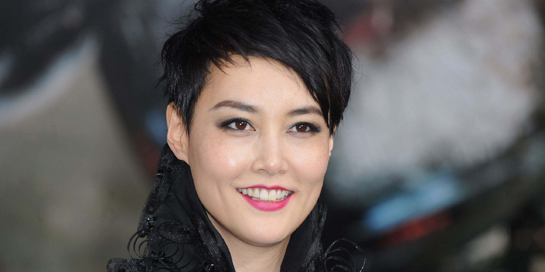 Desk For Computer Rinko Kikuchi Wallpapers Images Photos Pictures Backgrounds