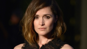 Rose Byrne Hot
