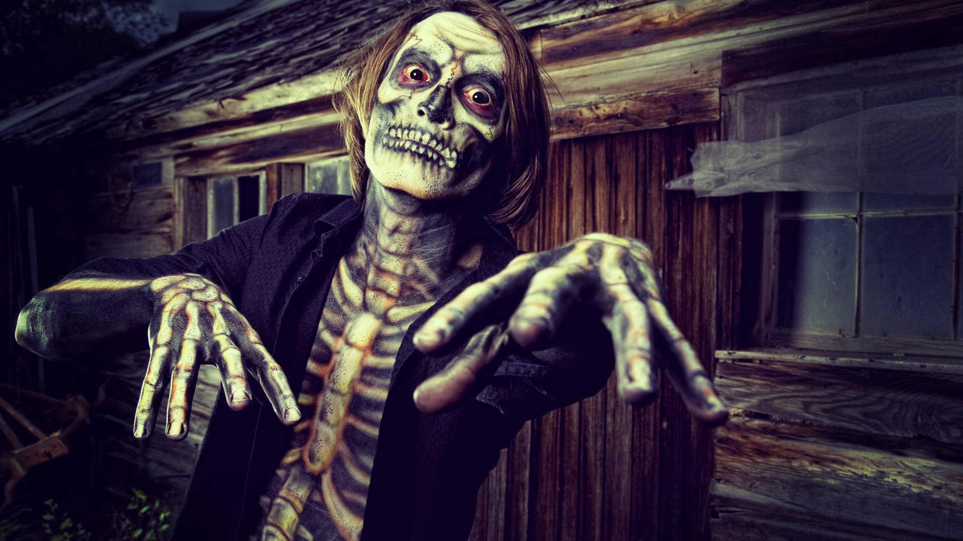 Scary Halloween Photos
