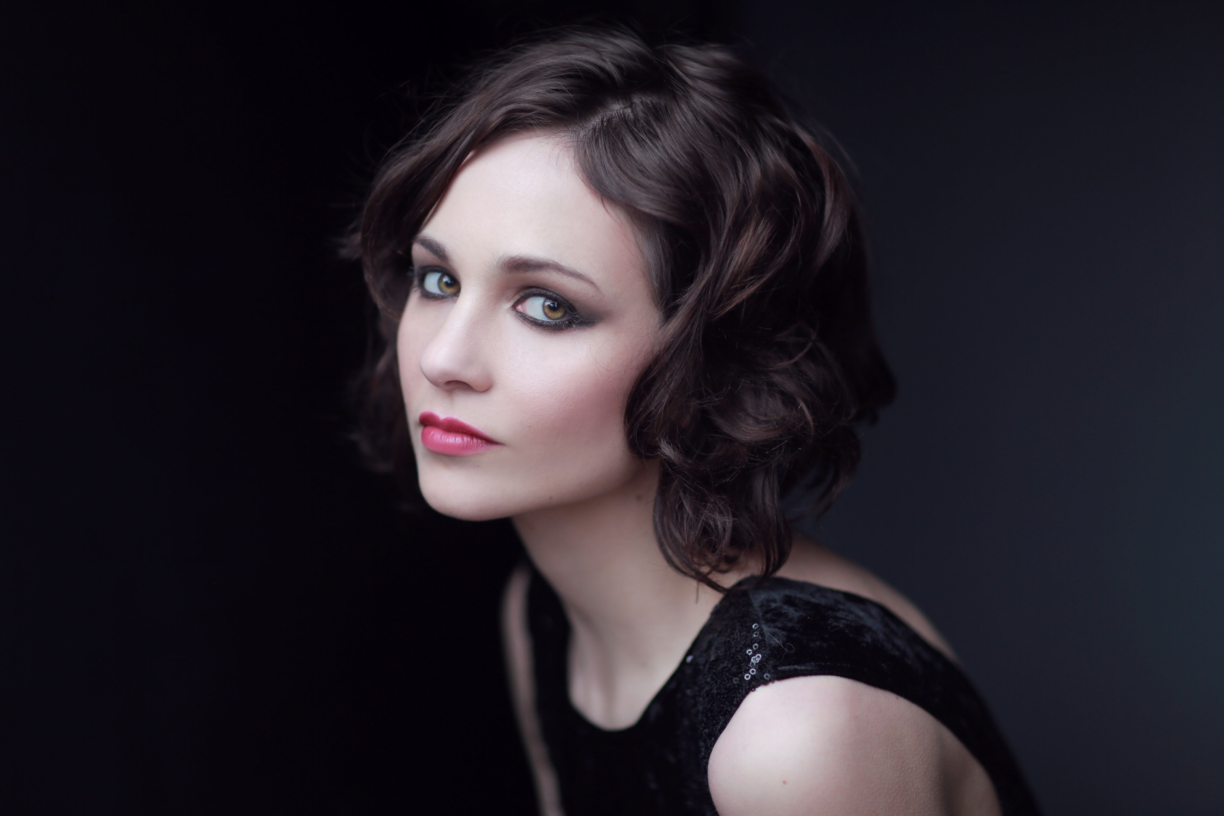 Tuppence Middleton High Definition Wallpapers
