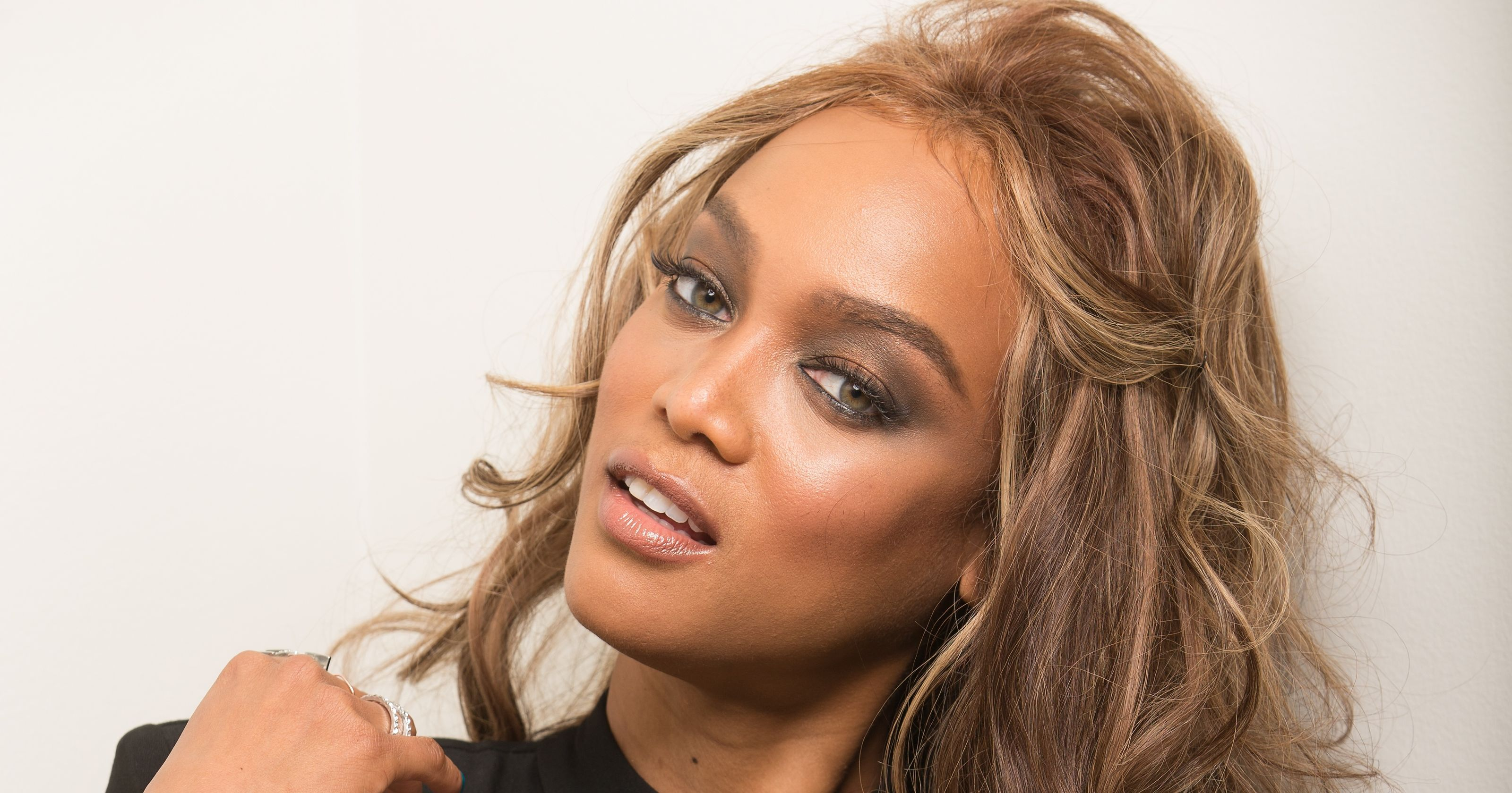 essays on tyra banks Tyra banks this essay tyra banks and other 64,000+ term papers, college essay examples and free essays are available now on reviewessayscom autor: review • march 1, 2011 • essay • 673 words (3 pages) • 724 views page 1 of 3.