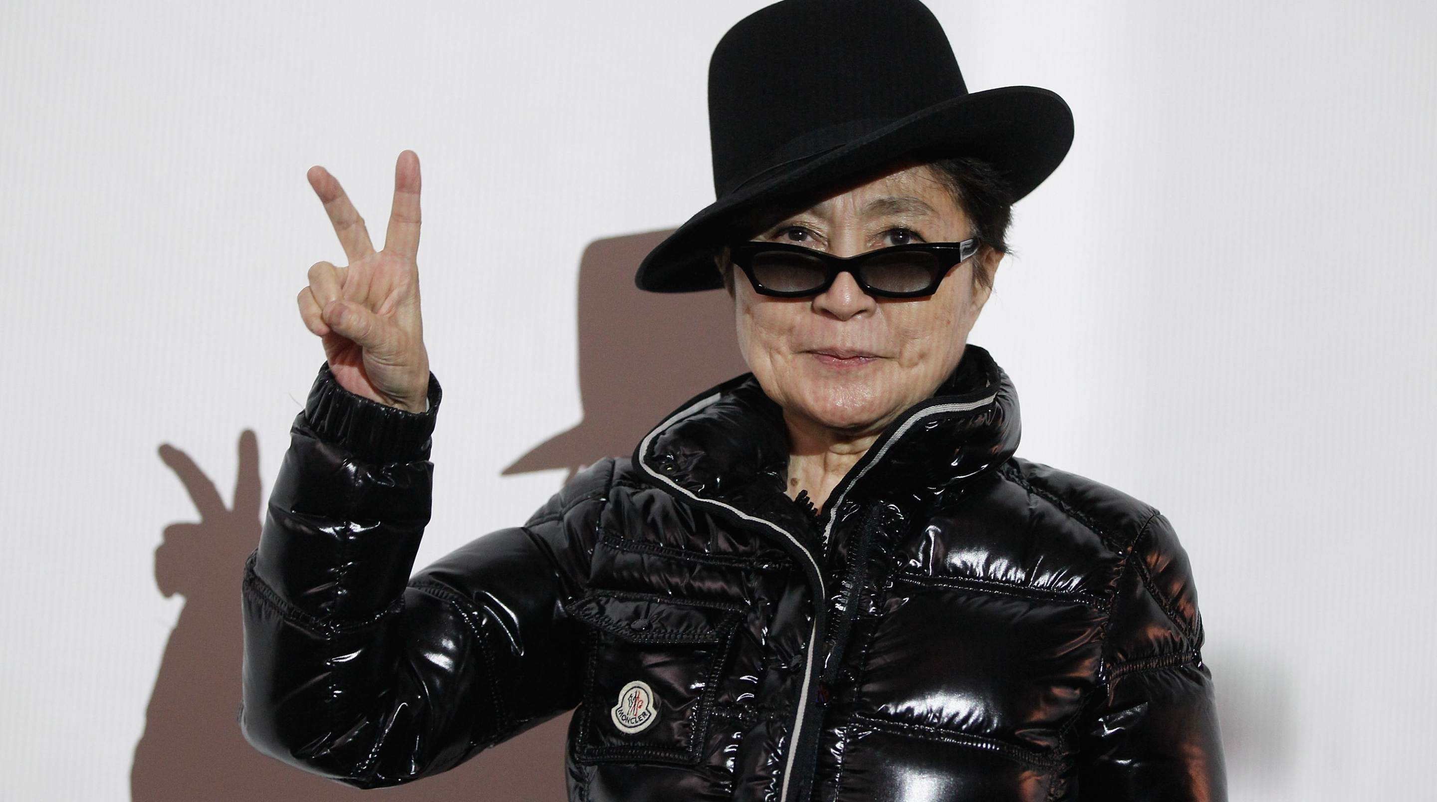 Yoko Ono Wallpapers Images Photos Pictures Backgrounds
